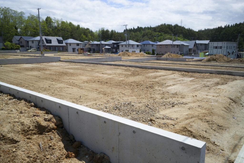 Участок для строительства дома должен быть подходящим. Фото - PE4H